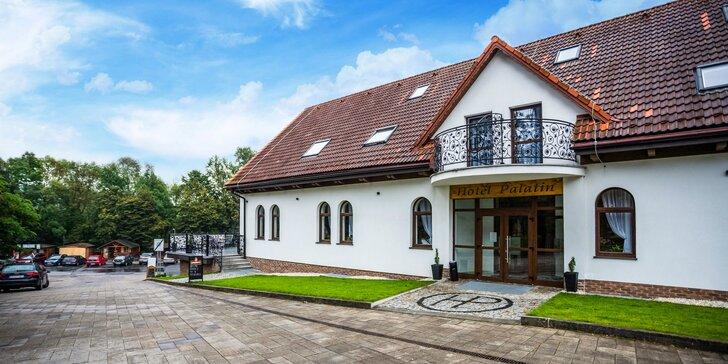 Romantický pobyt v novom, modernom Hoteli Palatín priamo pod Oravským Hradom s 50% zľavou na vstup na hrad