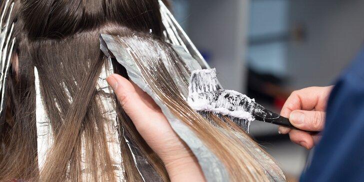 Strih, melírovanie či unikátna Olaplex kúra pre vaše vlasy