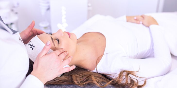 Omladzujúca masáž s kyselinou hyalurónovou alebo neinvazívny lifting