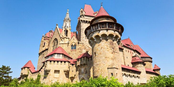 Romantický hrad Kreuzenstein a výstava veteránov