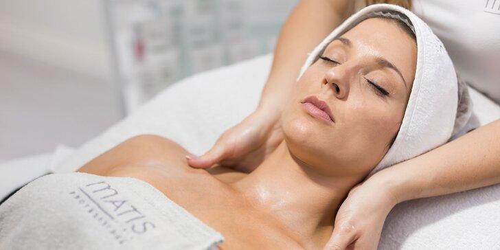 Kompletné ošetrenie a čistenie pleti či večerné líčenie profesionálnou kozmetikou