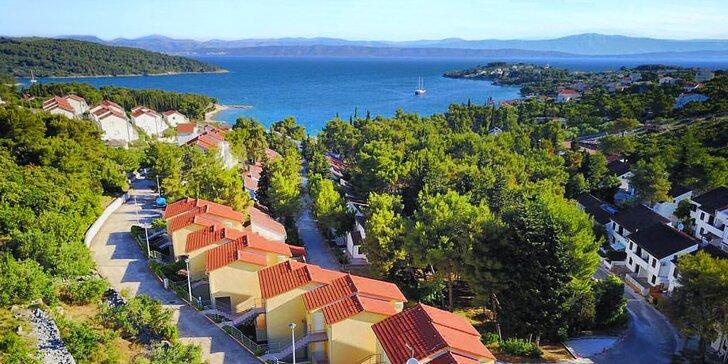 Oddych na ostrove Šolta: apartmány vhodné pre 5 osôb, len 150 m od mora!