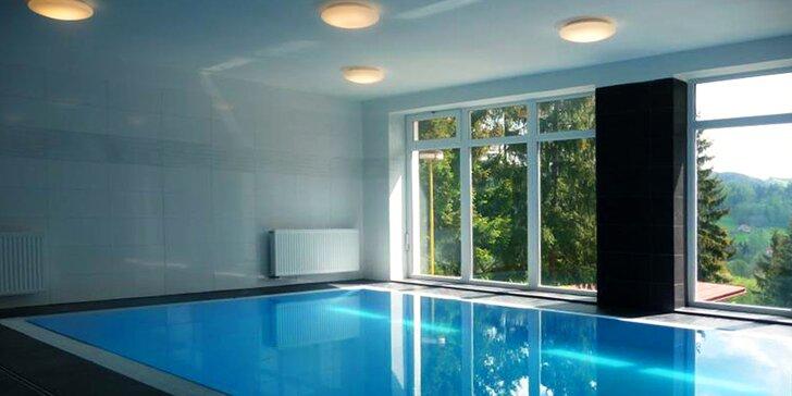 Horský hotel v Beskydách: polpenzia, voľný vstup do bazéna, masáže aj skiareály