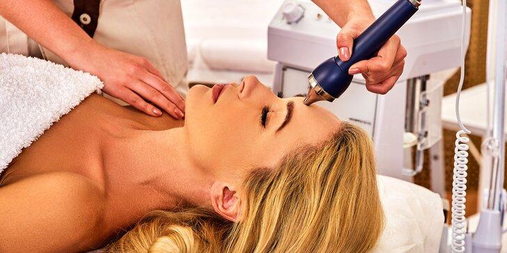 Revitalizačné ošetrenie rúk alebo neinvazívna mezoterapia