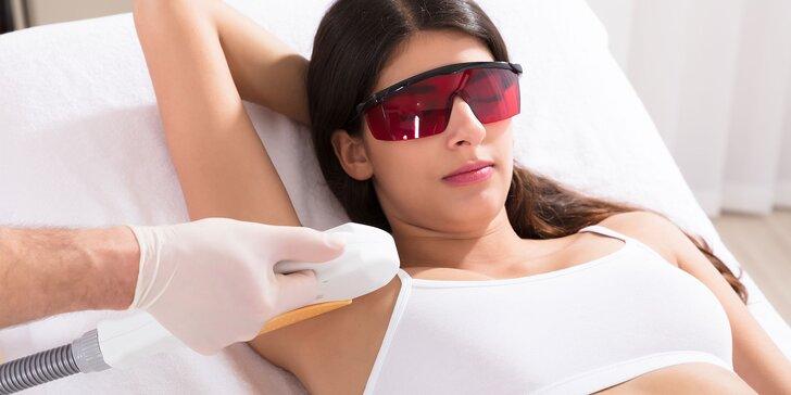 Revolučná E-light epilácia s rádiofrekvenciou na rôzne časti tela