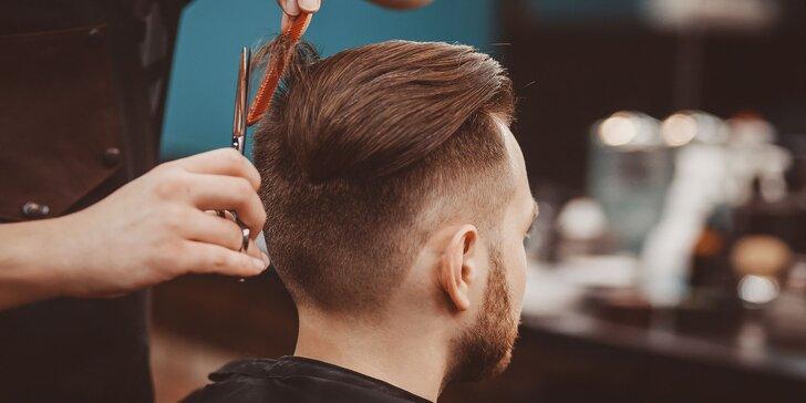 Strih, úprava brady a peeling tváre pre skutočných mužov