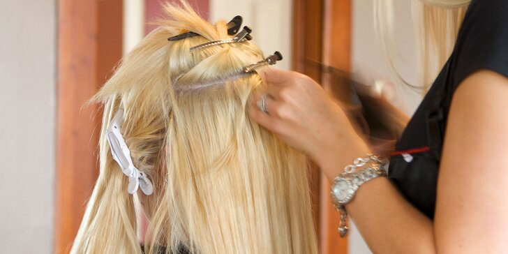Predlžovanie a zahusťovanie vlasov metódou Easy tape