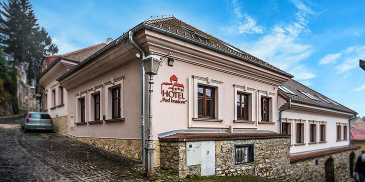 Romantický pobyt v historickom centre Trenčína v Hoteli pod Hradom***