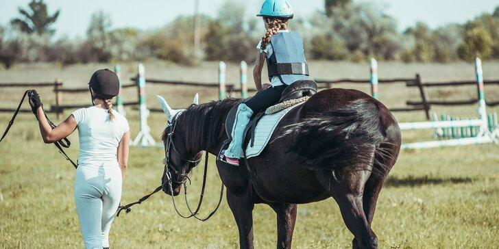 Výcviková či relaxačná jazda na koni vo vo Veľkých Bedzanoch