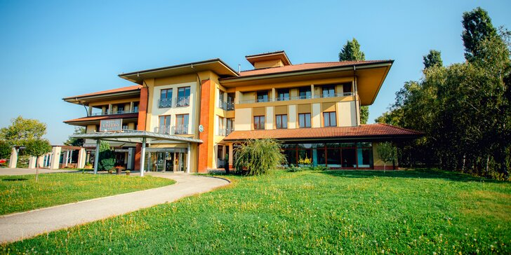 Príjemný pobyt v Hoteli Legend*** s polpenziou a vstupom do Thermalparku
