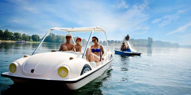 Letná dovolenka na brehu Liptovskej Mary až pre 9 osôb s vodnými bicyklami, kajakmi, kids zónou a ďalšími atrakciami