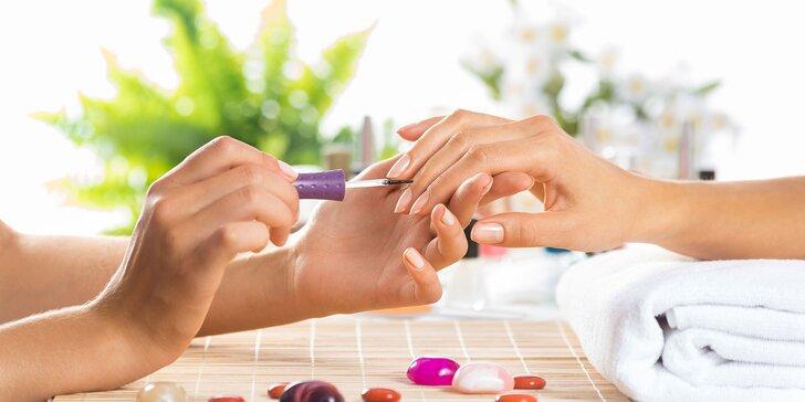 Gélové nechty či gél lak na ruky a nohy + ošetrenie BIO kozmetikou