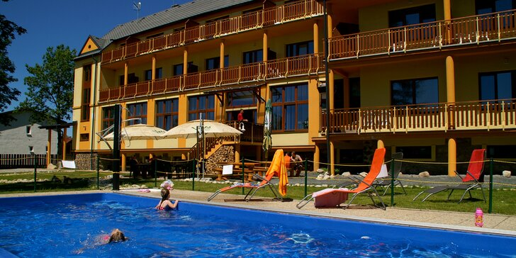 Letný pobyt v Tatrách s privátnym wellness a zľavami do aquaparkov