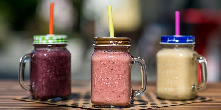 Poctivé domáce zákusky ku káve alebo ovocné smoothies