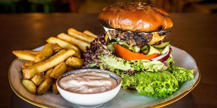 Irish burger s hranolčekmi alebo káva + nealko