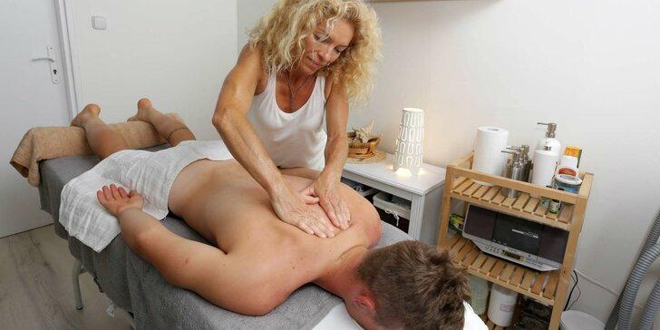 Uvoľňujúca masáž chrbta, rúk a šije alebo celého tela