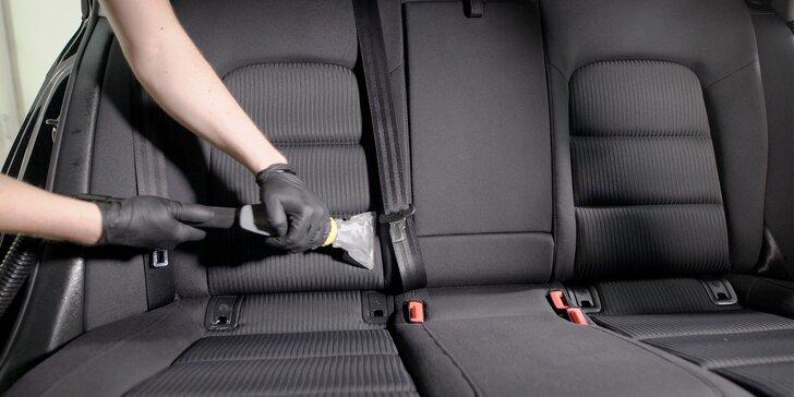 Kompletné vyčistenie interiéru a exteriéru auta, tepovanie a čistenie ozónom
