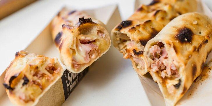 Pizzadog alebo pečené rebrá s pizza chlebom a omáčkou