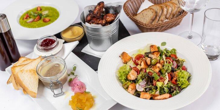 Voucher v hodnote 15 € alebo 30 € na všetky jedlá v reštaurácii Posedenie na rohu
