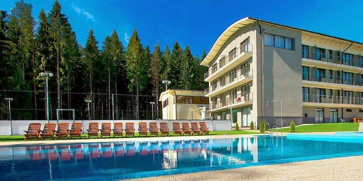 Obľúbený pobyt v ALTIS Rezort**** pri Oravskej priehrade s bazénmi, wellness, korčuľovaním na ľade a mnoho športami
