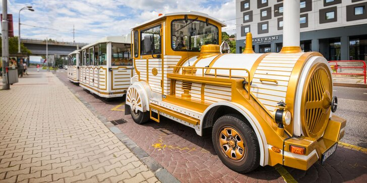 Vyhliadková jazda po Bratislave bielo-zlatým vláčikom Golden Express