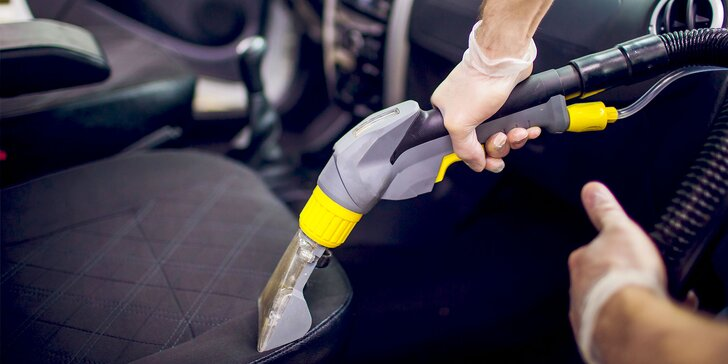Čistenie interiéru či tepovanie vozidla