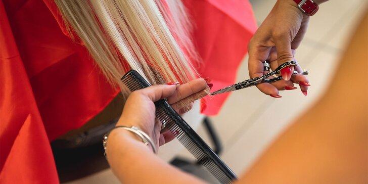 Strih, farbenie alebo melír talianskou vlasovou kozmetikou NASHI