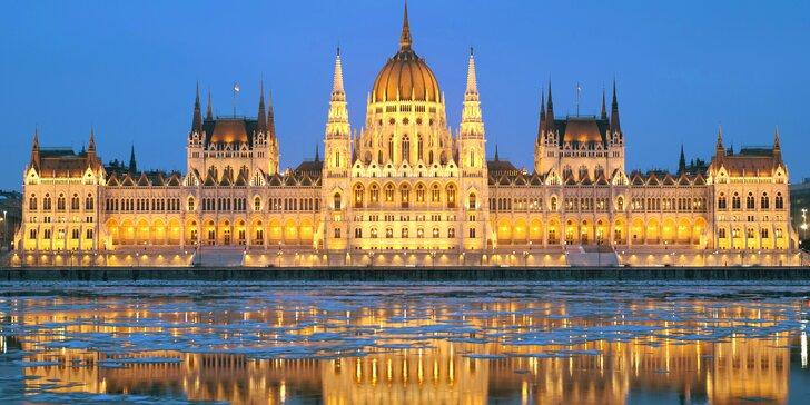 Adventná pohoda v Budapešti, na zámku cisárovnej Sisi a s vínkom v Údolí krásnych žien