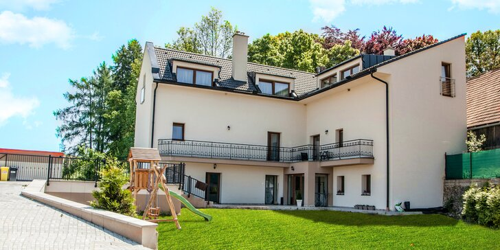 Pobyt s privátnym wellness pri Bešeňovej pre páry aj rodiny v apartmánoch Katov Dvor
