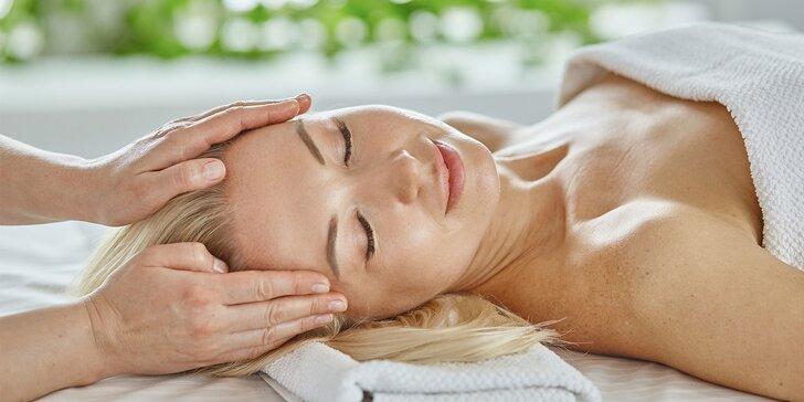 Hĺbkové čistenie pleti alebo regeneračná masáž tváre a dekoltu
