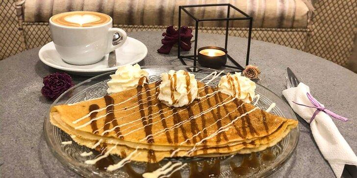 Slaný bagel alebo sladká palacinka s cappuccinom, espressom alebo čajom v Shortie!