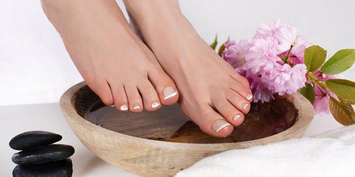 Pedikúra mokrá alebo wellness s parafínom či novinka Footlogix