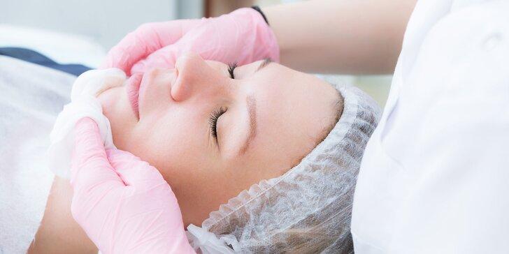 Hĺbkové čistenie pleti, chemický peeling alebo ošetrenie kmeňovými bunkami