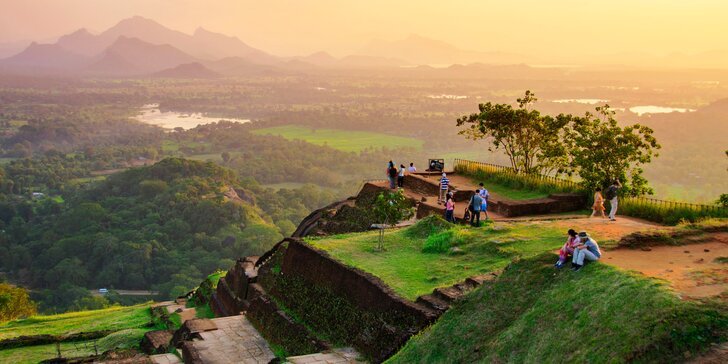 Poznávací zájazd na Srí Lanku a Maldivy: letenky a 14 nocí s raňajkami