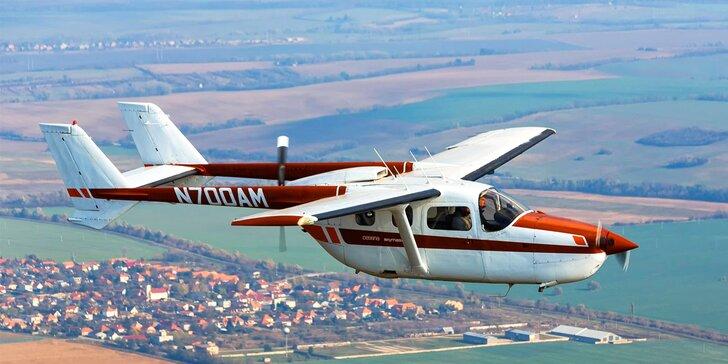 Nezabudnuteľný zážitok na dvojmotorovom lietadle CESSNA 337 SKYMASTER pre 3 osoby!