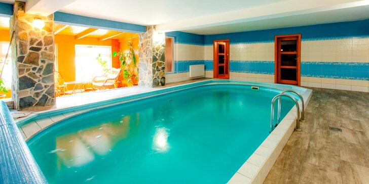 Relax na Orave s bazénom, saunou, soľnou jaskyňou a zľavami do aquaparkov