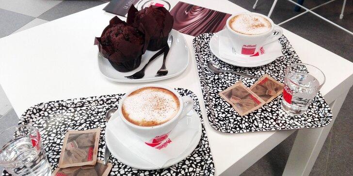 Espresso alebo Cappuccino + čokoládový muffin pre 1 alebo 2 osoby