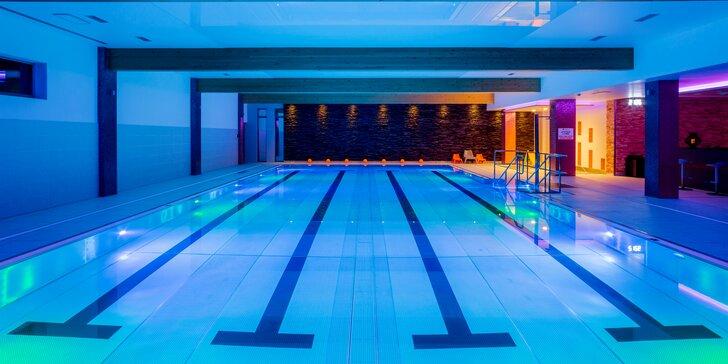 Aktívny pobyt v HOTELI TENIS **** s wellness vstupom a športovým vyžitím pre celú rodinu aj počas Silvestra