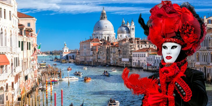 Pestrá karnevalová zábava v Benátkach: prehliadka ostrovov – Burano a Murano