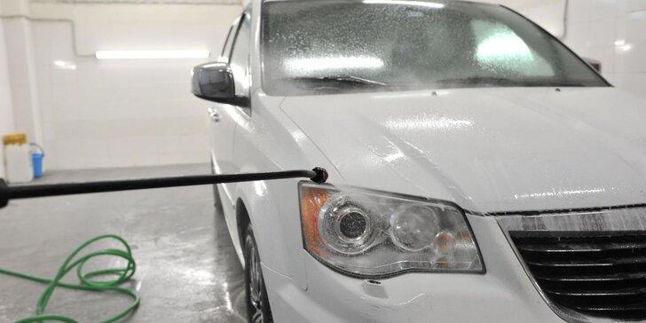 Čistenie interiéru a exteriéru s tepovaním vozidiel na Kramároch
