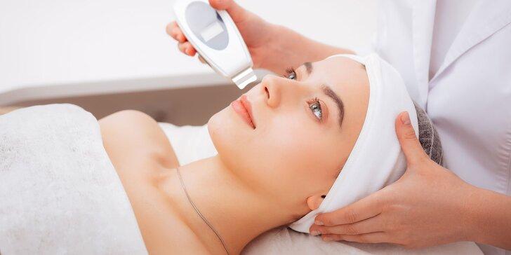 Čistenie pleti, dermabrázia, masáž tváre či nové gélové nechty
