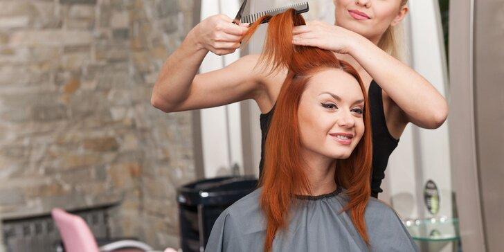 Strih vlasov, farbenie, melír alebo aplikácia brazílskeho keratínu