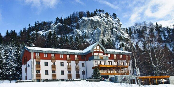 Silvestrovský pobyt v horskom prostredí Veľkej Fatry s wellness a polpenziou v Skiparku Malinô Brdo
