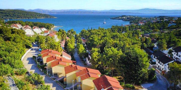 Oddych na ostrove Šolta: apartmány vhodné pre 4 osoby, len 150 m od mora!