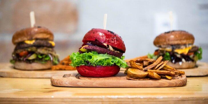 Burger podľa výberu s domácimi hranolčekmi a nápoj