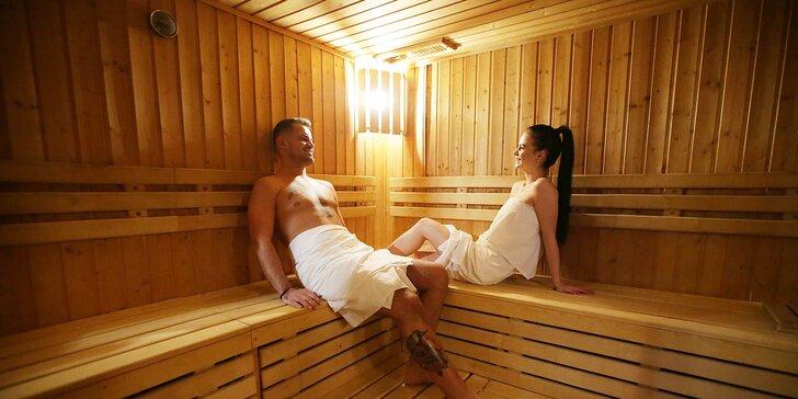 Privátny wellness s možnosťou romantickej večere v Hoteli Kráľová****