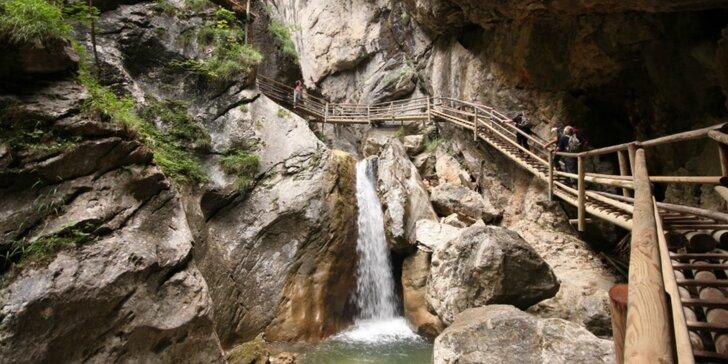 Čarovná Medvedia tiesňava: za turistikou do Rakúska