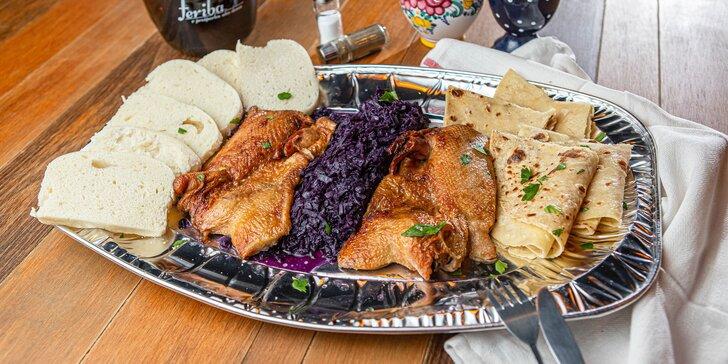 Pečená kačica pre poriadnych hladošov či 15 € voucher na jedlo aj pitie