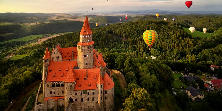 Výlet k romantickému zámku Bouzov a do Olomouca