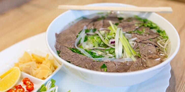 Vynikajúce polievky vo vietnamskom bistre PHO VIET